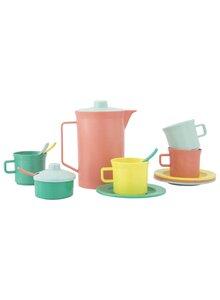 Serviranje čaja i kafe- čajnici i kafetijere