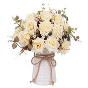 Umjetno cvijeće i ukrasi
